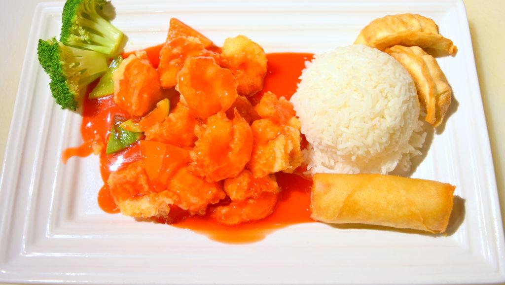 D37. Sweet& Sour Prawns甜酸虾