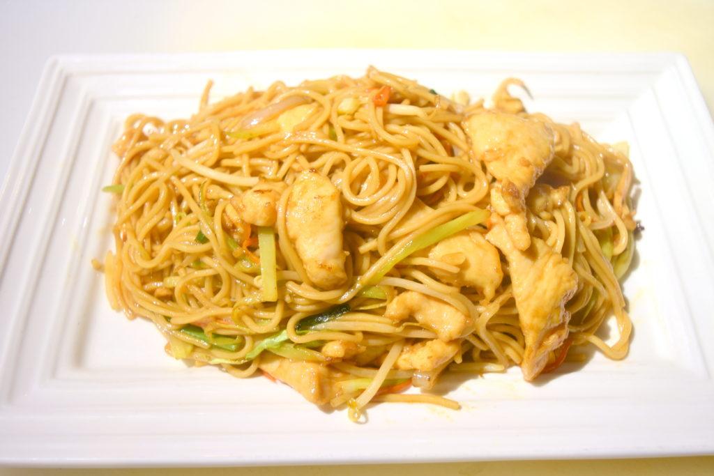 37. Chicken Chow Mein 雞肉炒面
