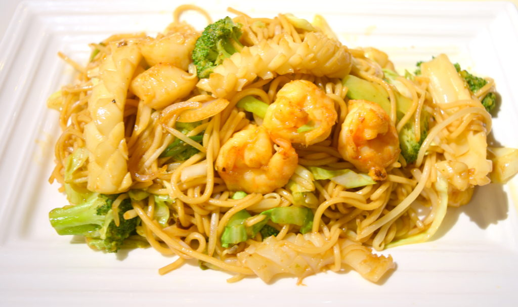 40. Seafood Chow Mein 海鮮炒面