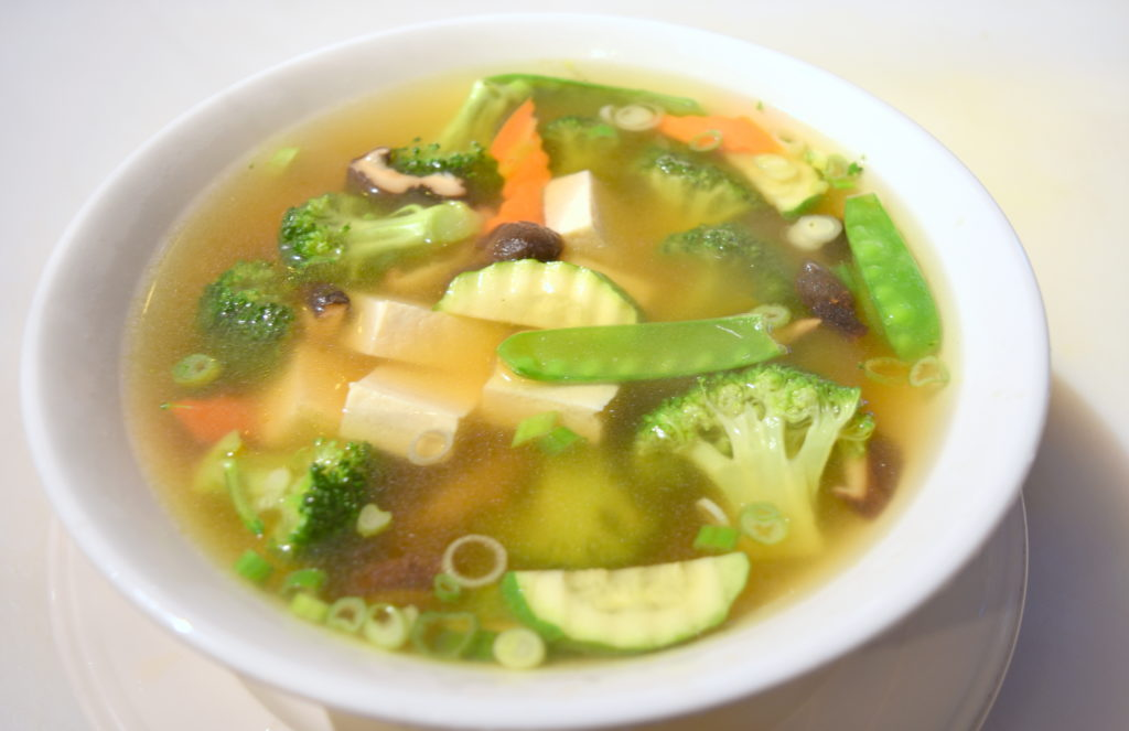 17. Vegetable Tofu Soup 素菜豆腐湯